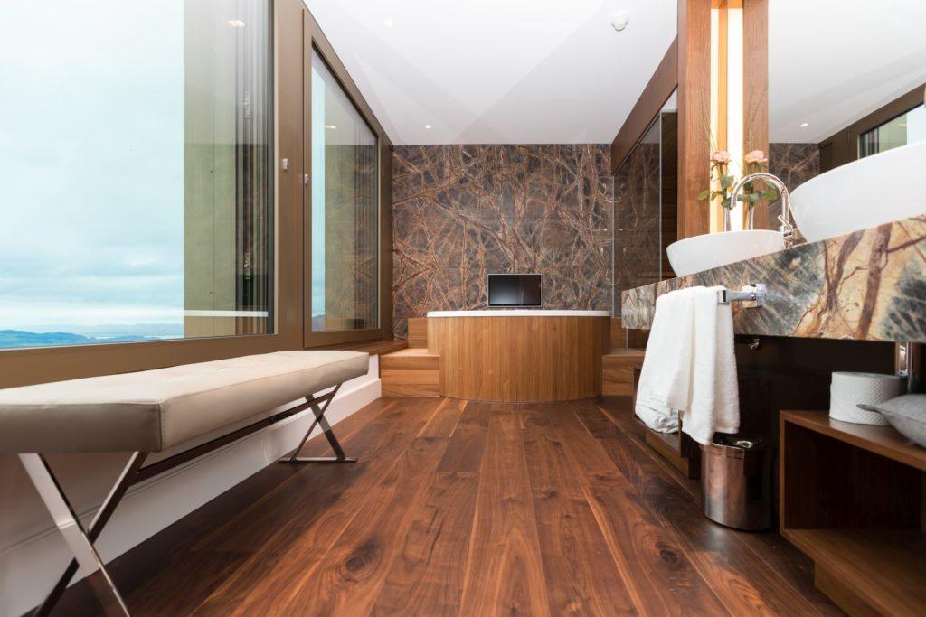 Hotel w górach Szwajcarii05