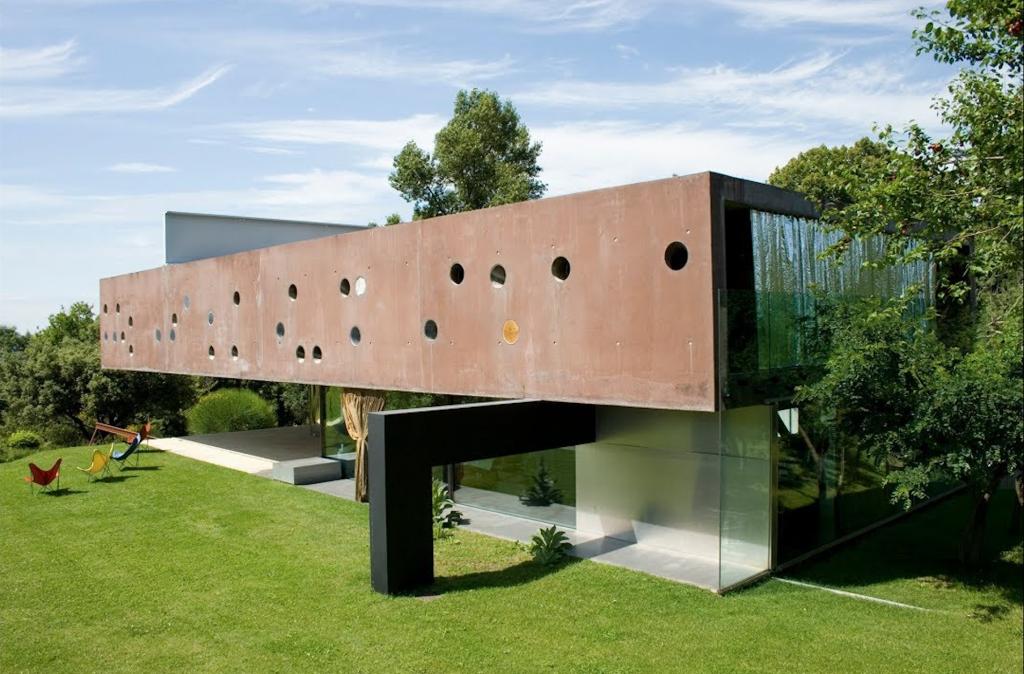 Modernistyczny dom w Bordeaux projektu Rema Koolhaasa.
