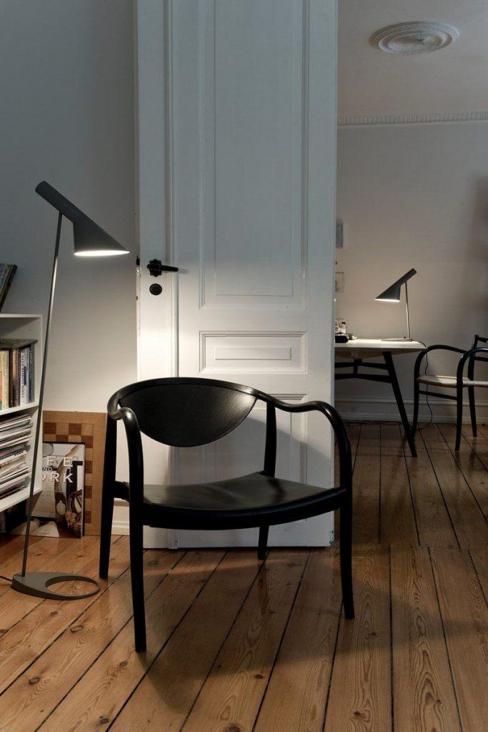 AJ Table Lamp | Arne Jacobsen | Louis Poulsen