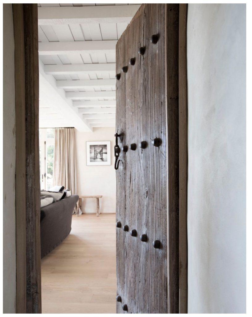 ATMOSPHÈRE D'AILLEURSAdd Vintage doors Maison & Objet 2020