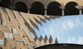 COS- instalacja Open Sky- Salone del Mobile 2018
