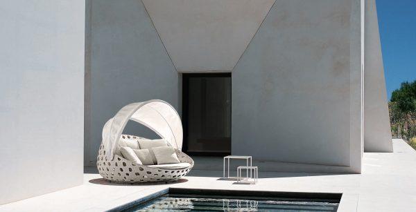 Canasta   design- patricia Urquiola   B&B Italia Outdoor