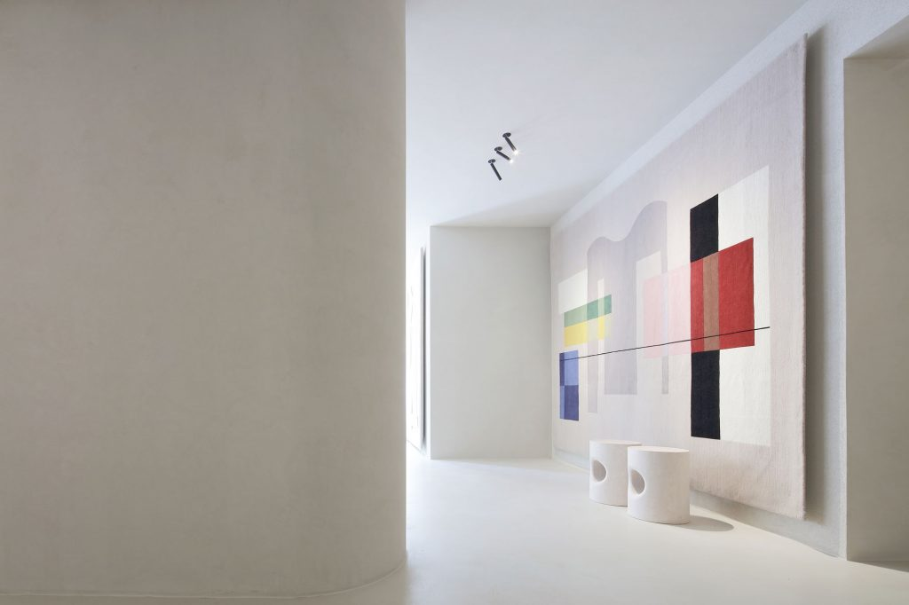 Elisa Ossino Studio - Amini Showroom 05
