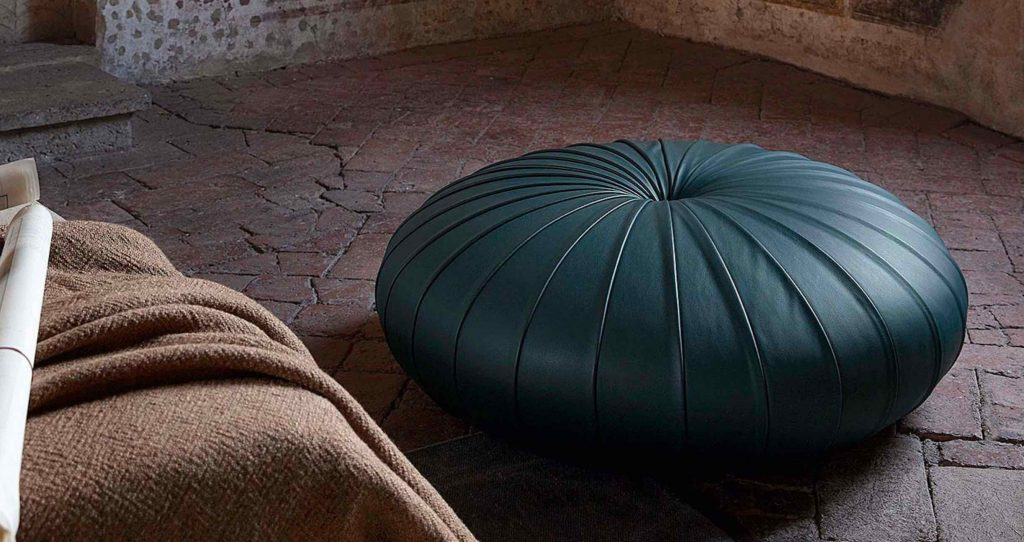 Esedra | design- Monica Förster | Poltrona Frau