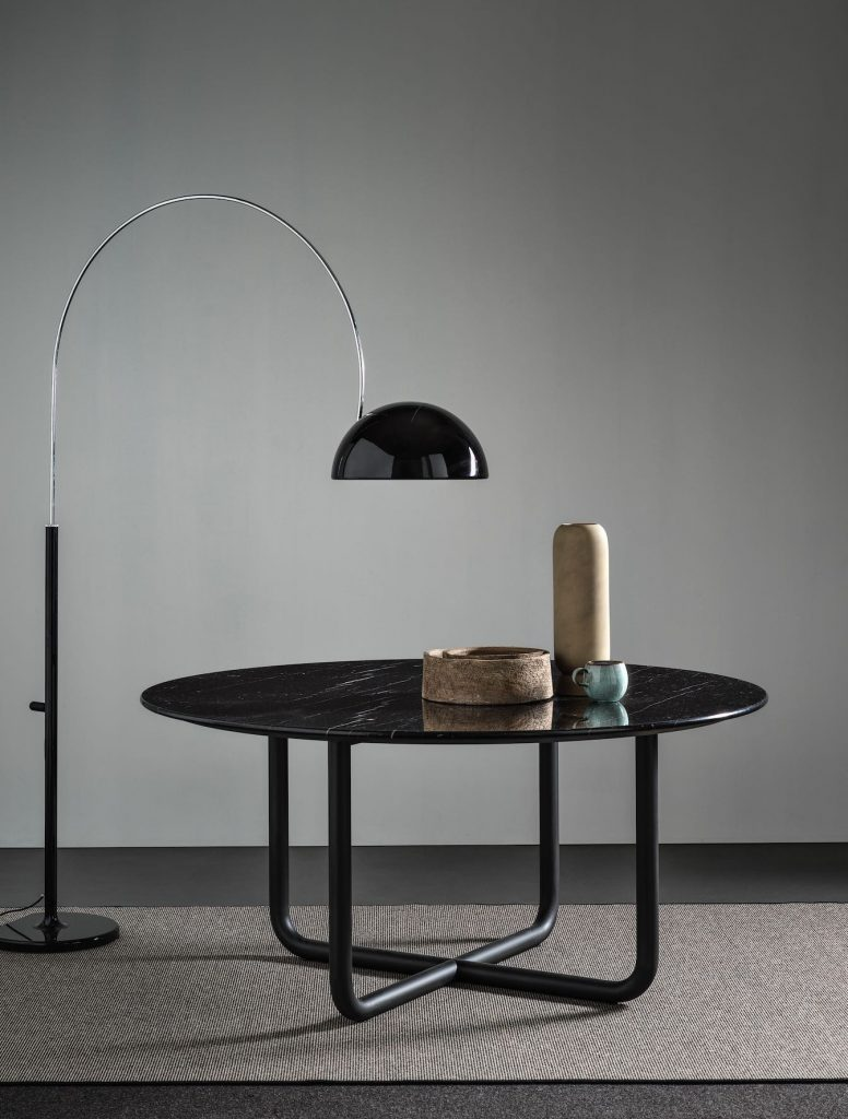 Frag_Paipu table_Dainelli Studio5