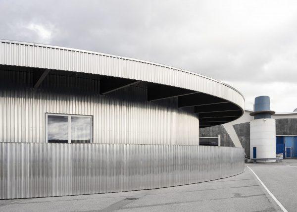 Grossmarkt_Theatre_Pavilion_johandehlin_aluminiowy pawilon Carmody Groarke 07