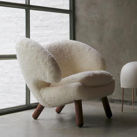 Pelican Chair | Finn Juhl | © House of Finn Juhl