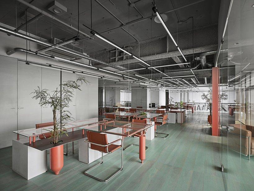 Industrialny styl biuro Tajwan 01