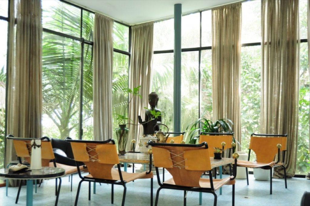 Interior-of-Lina-Bo-Bardis-Casa-de-Vidro.-Photo-by-Henrique-Luz.jpeg