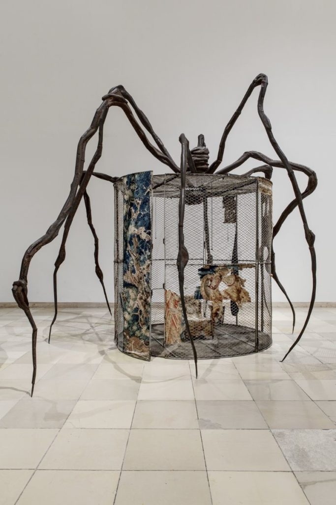"Louise Bourgeois' ""Spider"" sold for $32 million"