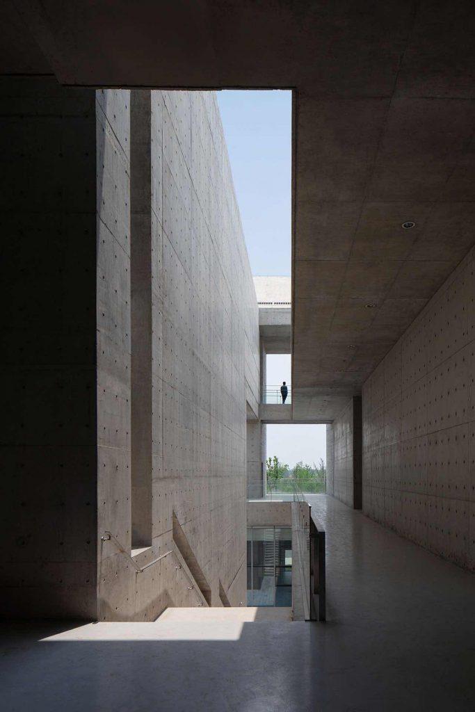 Monumentalizm Shou County Culture and Art Center 10