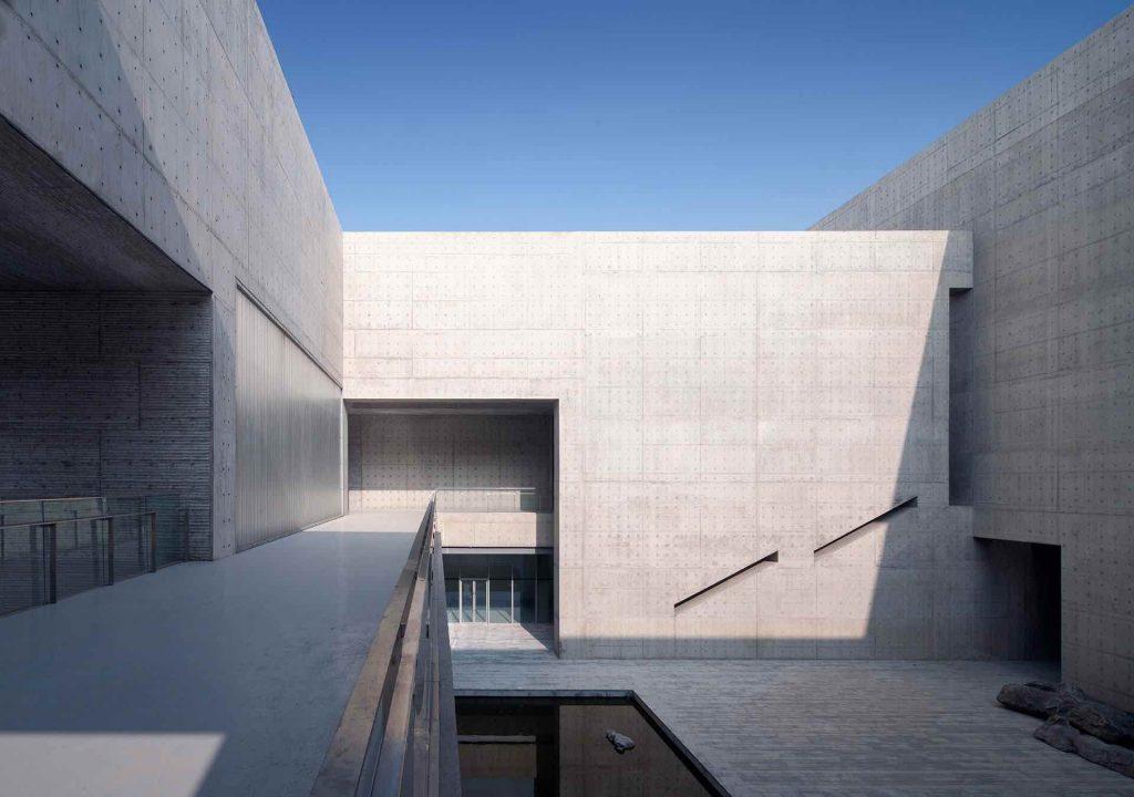 Monumentalizm_shou_county_culture_center_studio_zhupei 01