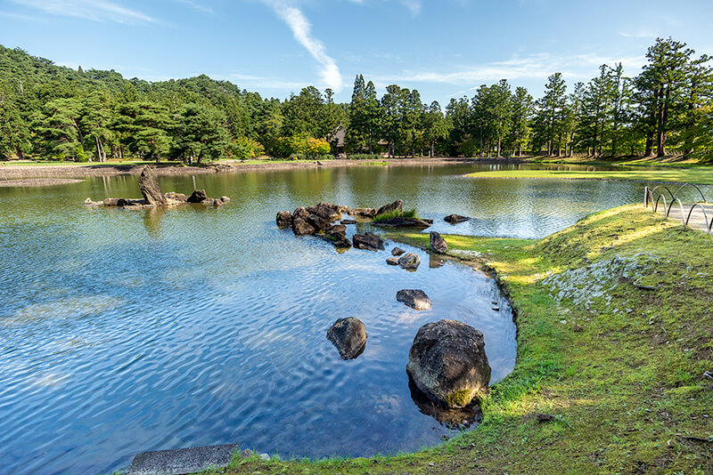 Pure Land style pond at Motsuji Temple