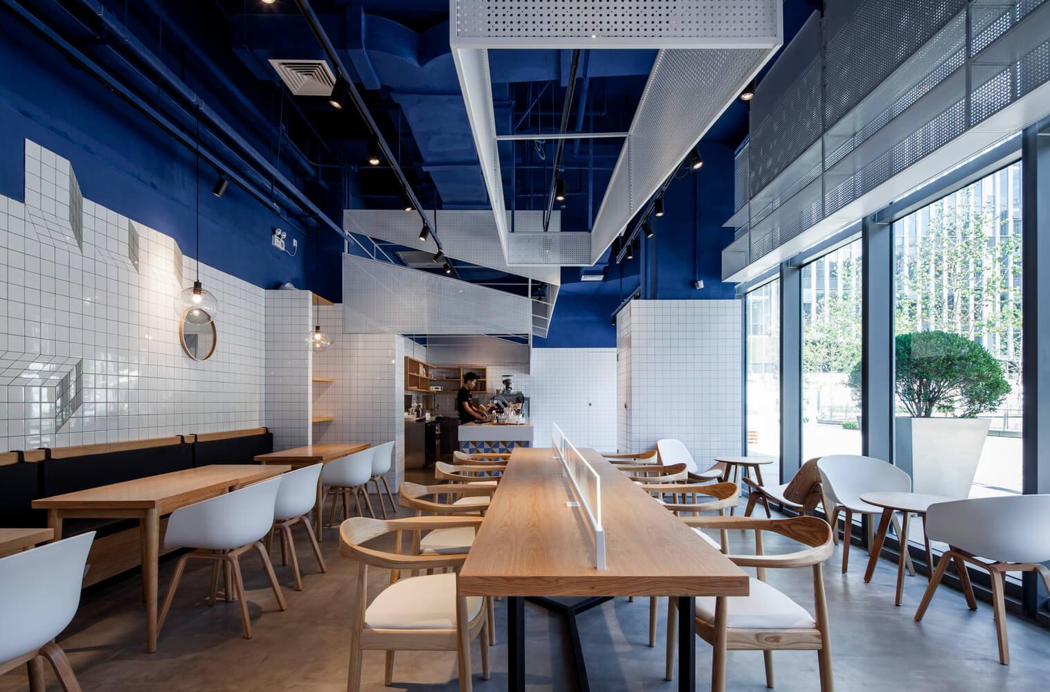 PARAS café- minimalistyczna kawiarnia