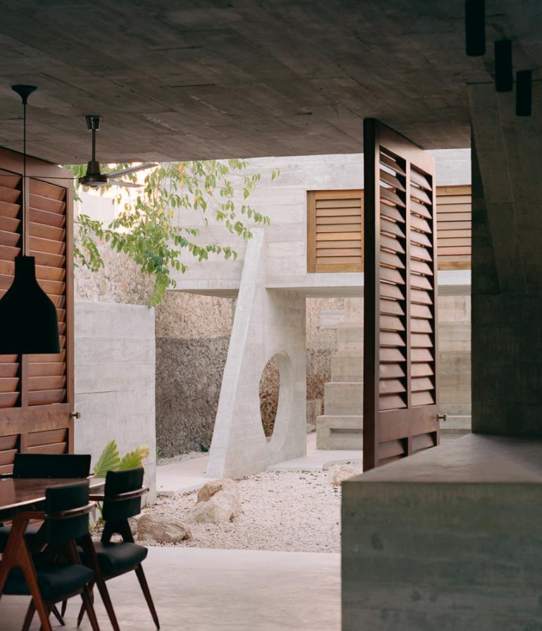 betonowe sanktuarium03