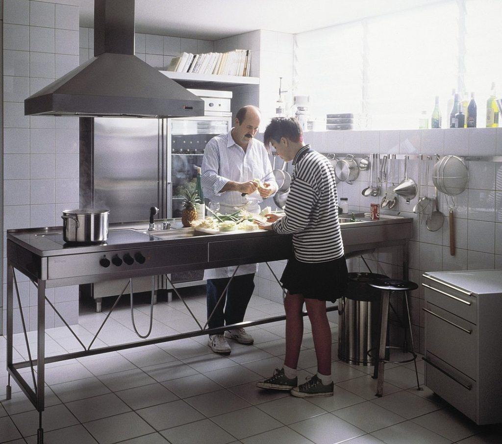 bulthaup-historia kuchenny stół do pracy