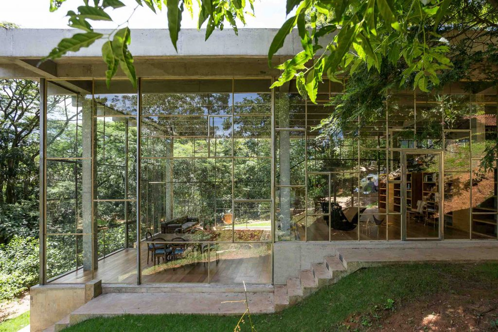 casa-bibilioteca-atelier-branco-©-Ricardo-Bassetti-Kaza-04