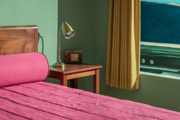 edward-hopper-western-motel-room-VMFA-05