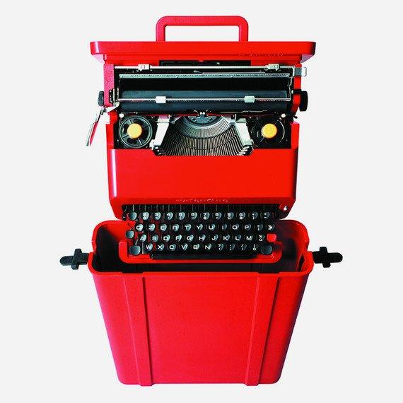 Maszyna do pisania firmy olivetti, projekt: Ettore Sottsass