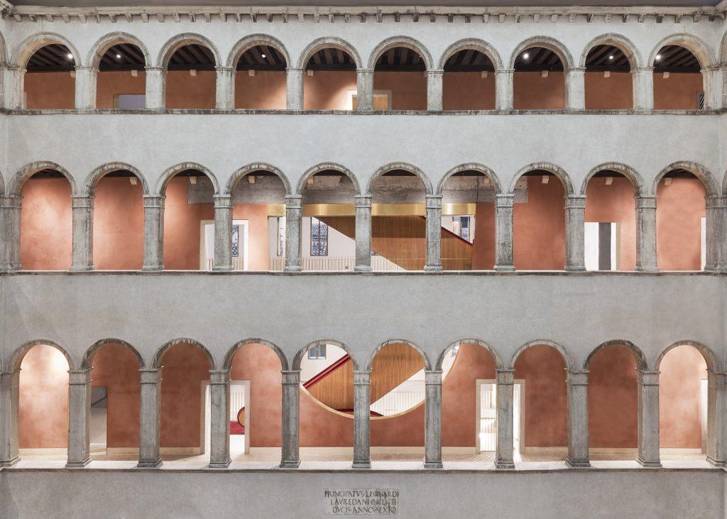 Fondaco dei Tedeschi w Wenecji - projekt renowacji zabytkowego pałacu.