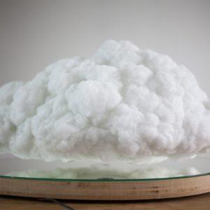 Lewitująca chmura-głośnik Richarda Clarksona