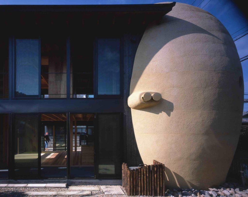 minami-hanada-tomb-ryuichi-ashizawa-architects-niekonwencjonalny projekt domu 03