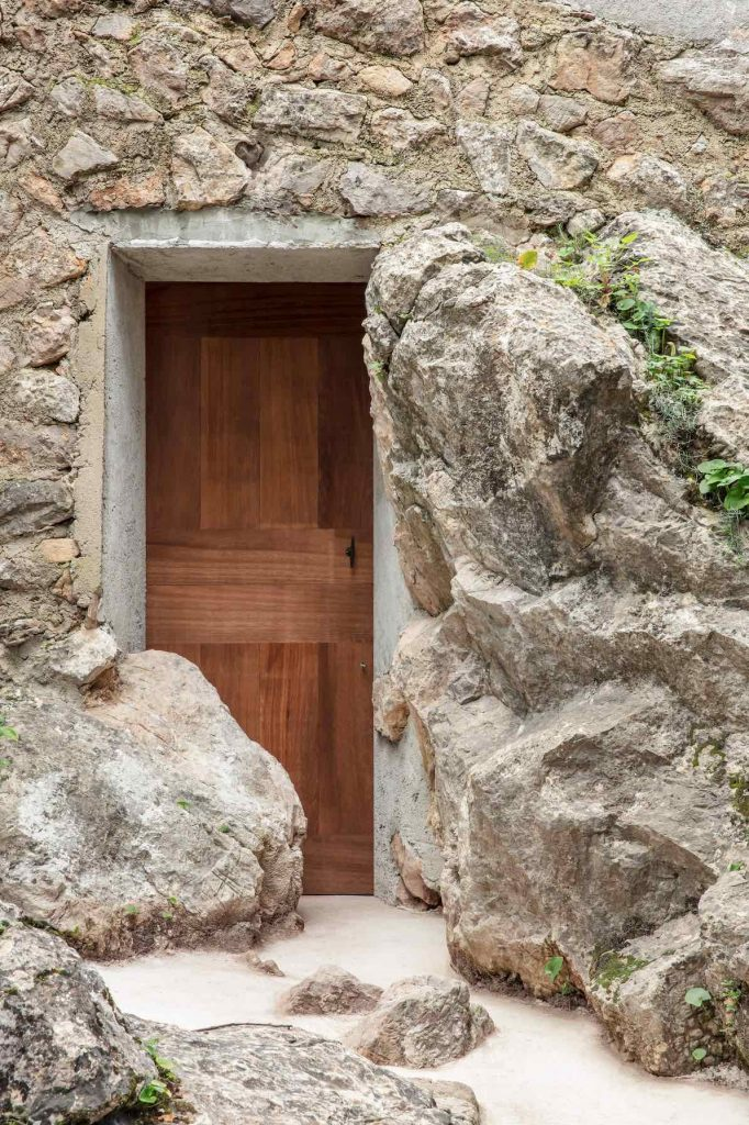 olive-houses-interiors-spain-mar-plus-ask-domy oliwne 11