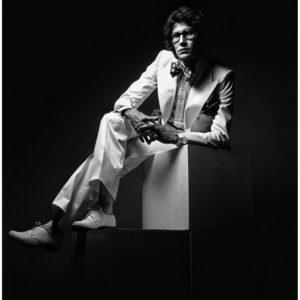 Yves Saint Laurent skandalizował i zachwycał swoimi zapachami. Obok Chanel jego perfumy były najczęściej opisywane w prasie.