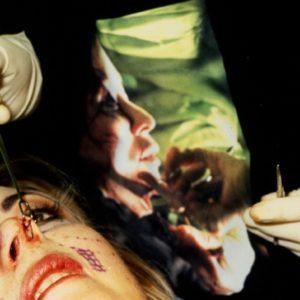 """Orlan """"Oddałam swoje ciało sztuce""""."""