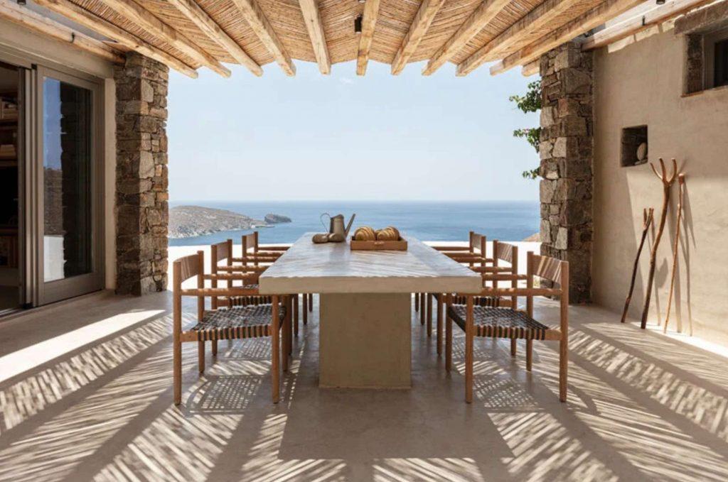sinas-architects-kamienny dom letni na wyspie serifos 09