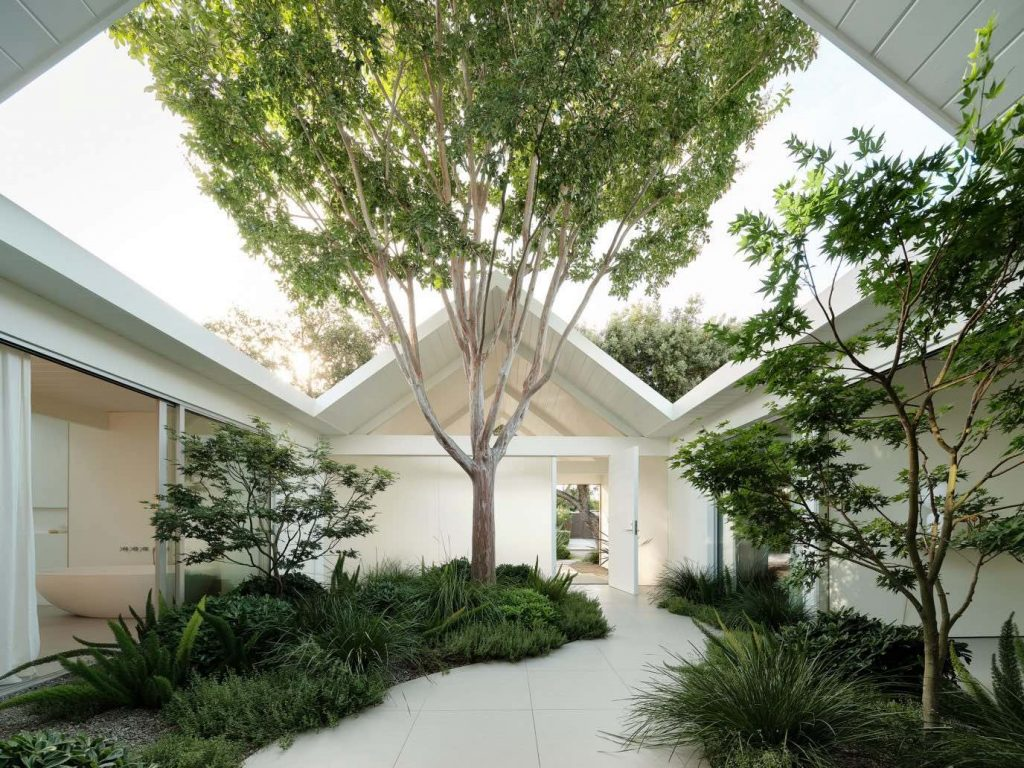 twin-gable-house-eichler-model-ryan-leidner-amerykański modernizm 03