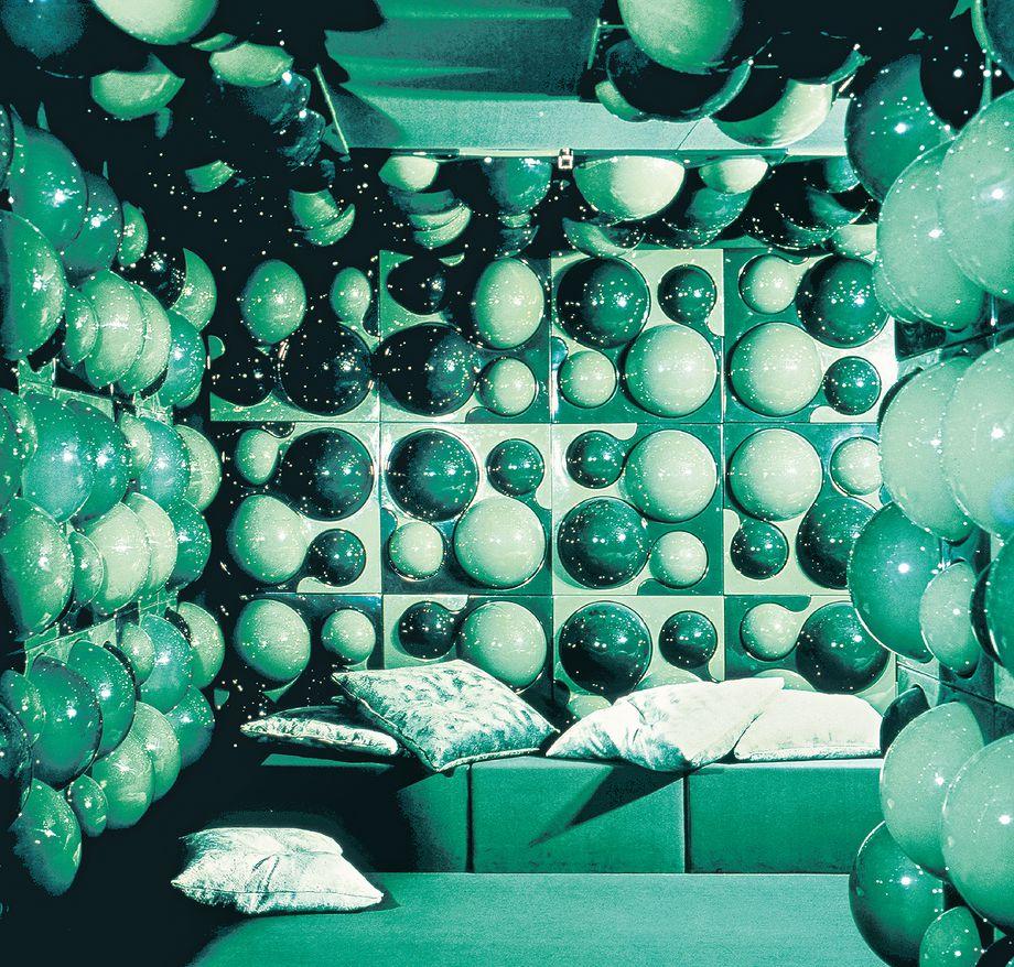 verner_panton_visiona_2_phaidon_bubble_room