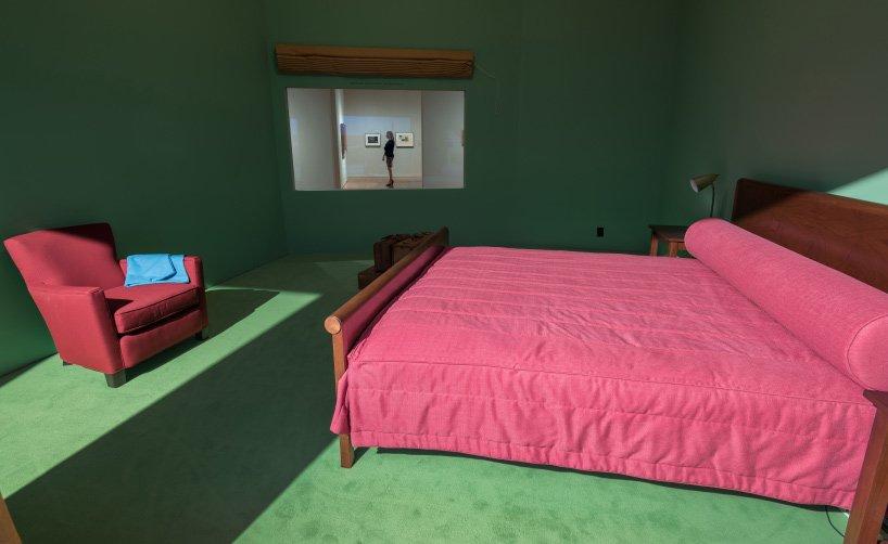 edward_hopper_western-motel-room-VMFA-11
