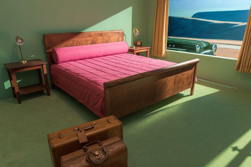 edward_hopper_western-motel-room-VMFA-03