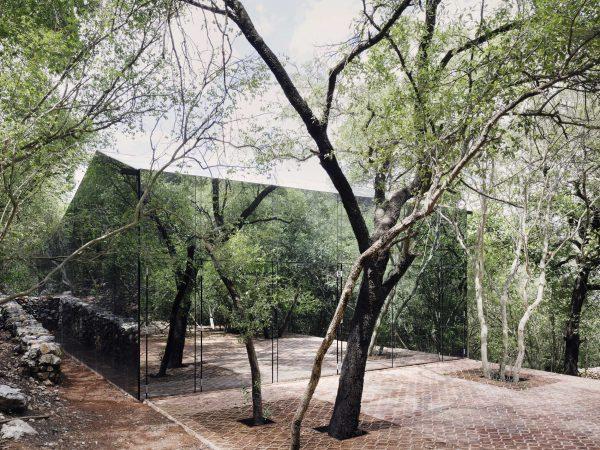 los_terrenos_mexico_tatiana_bilbao_estudio_photo_rory_gardiner15