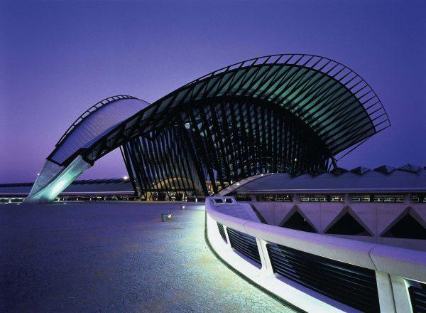 © Santiago Calatrava lyon-saint-exupery-station-03