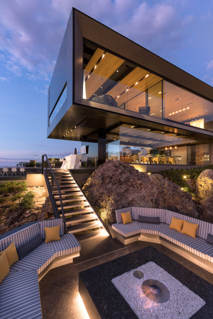 vondom-casa-la-roca-rrz-arquitectos-mexico-53