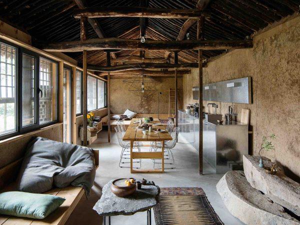 studio-cottage-sun-min-christian-taeubert-interiors_-styl-rustykalny